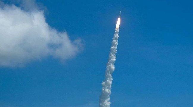 Japonya, yüksek hız kapasiteli iletişim uydularını fırlattı
